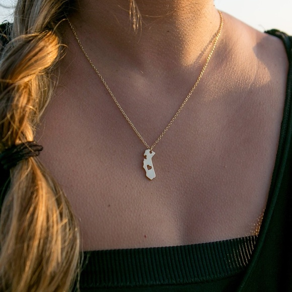 Jewelry - California State Love Women's Heart Necklace